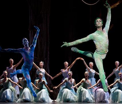 La-Source-danse-Opera_elfes_bleus